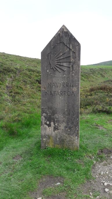 Valamikor átléptük a francia-spanyol határt, mert ez itt már Navarra tartomány Spanyolországban.