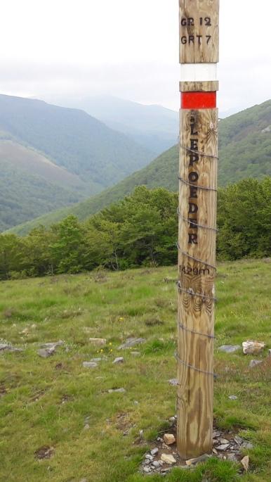 Pireneusok, Col de Lepoeder. A hegytető legmagasabb pontja, 1430 méter magasan.