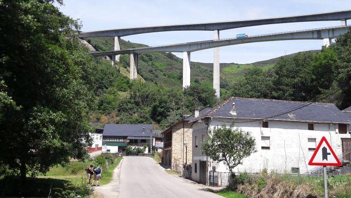 El camino, viadukt