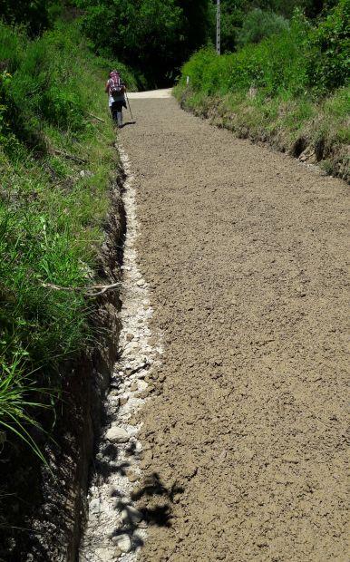 El camino, betonozott út