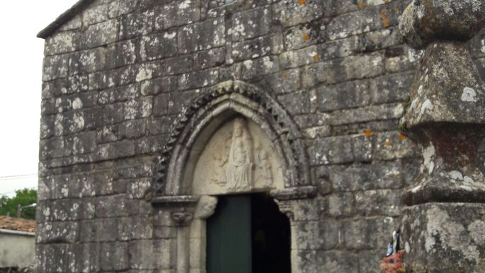 El camino, román kori templom Galiciában