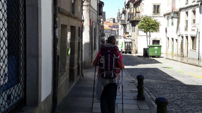 El camino, Santiago, ott messze a katedrális tornya