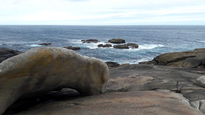 El camino, Muxia, a gyógyító kő és az óceán