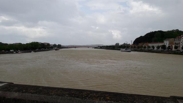 Bayonne, híd, felhő