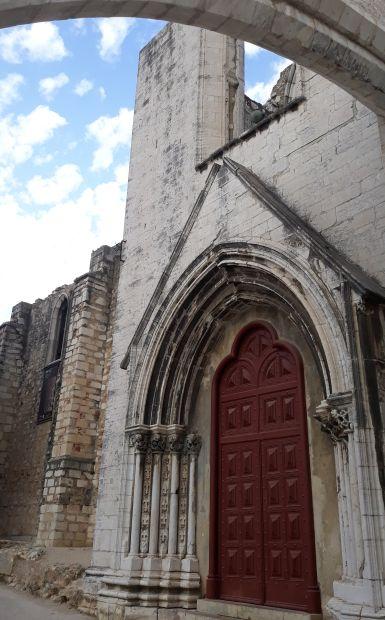 Lisszabon, Kármelita kolostor