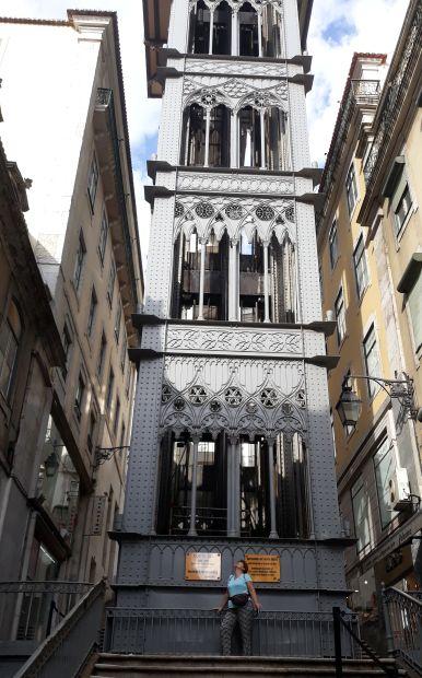 Lisszabon, Santa Justa lift