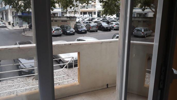 Lisszabon, Rooms & Experiences szállás, erkély