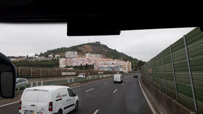 Portugál camino, autópálya busszal