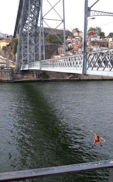 53_portugal_camino_porto_lajos_hid.jpg
