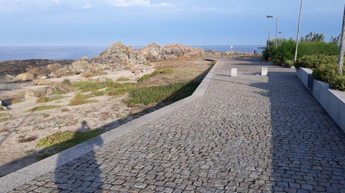 Portugál Camino de la Costa, köves út még errefelé is