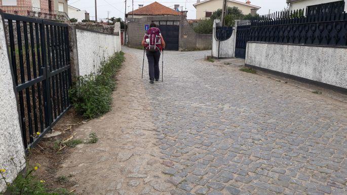 El Camino Costa, Portugál parti út, köves út