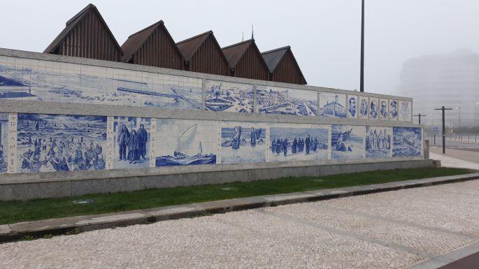 El camino, Portugál út, azulejo fal