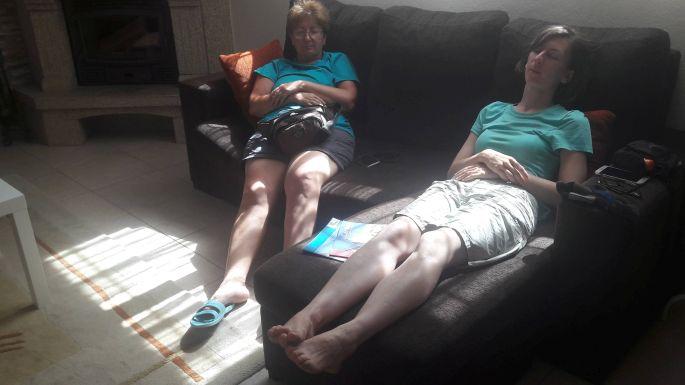 Portugál Camino Costa, Vila Praia de Ancora, a vendégház társalgója, ahol Ági meg én elaludtunk a kanapén. Á, nem voltunk fáradtak kicsit sem! :-)