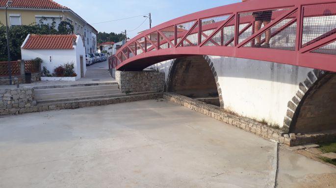 Portugál Camino, Ansiao, híd a kiszáradt folyóval