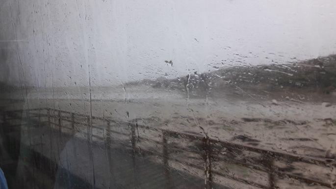 El Camino, Muxia felé busszal, szakadó esőben