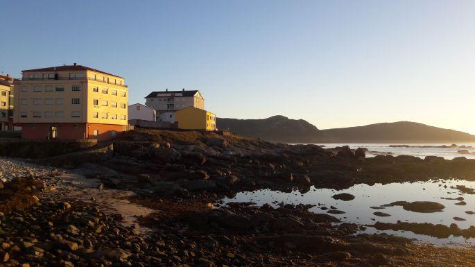 El Camino, Muxia, színes házak naplementekor
