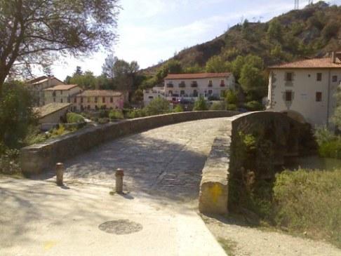 El Camino hid Trinidad de Arre .jpg