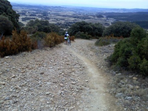 lefele az Alto de Peron hegyrol az el caminon.jpg