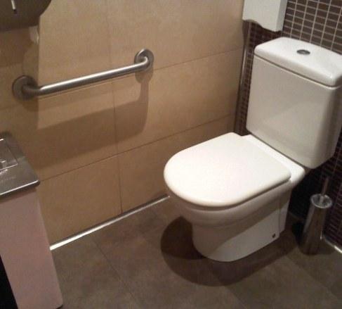 spanyol wc toilet az el camino menten.jpg