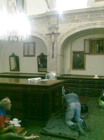Logrono Iglesia de Santiago templom szallas feszulet alatt.jpg
