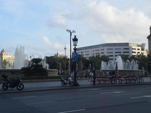 Barcelona - Catalunya tér - szökőkút