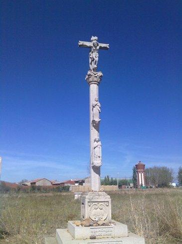 El Camino crucifijo tres.jpg