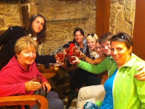Balról jobbra: Andrea, Sarah, Carolin, Britta, Tanja, és a két ismeretlen nevű német lány (?)