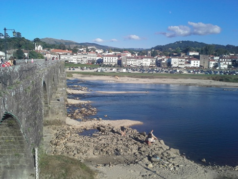 A híd és a Lima folyó