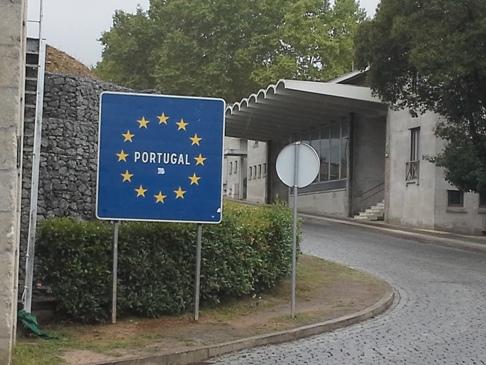 Portugália határát jelző tábla