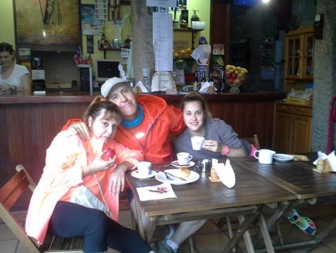 A spanyol fogorvos család, Jesus és felesége, és lányuk Ainhoa