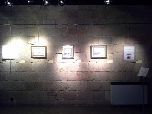 Kiállítás az alberguében.
