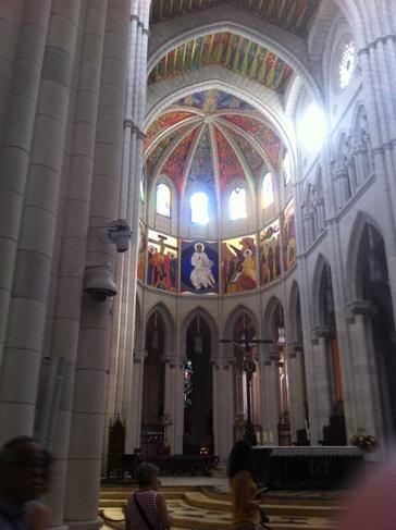 Madrid, a katedrális belülről