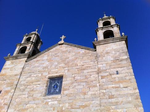 Muxia, templom délután