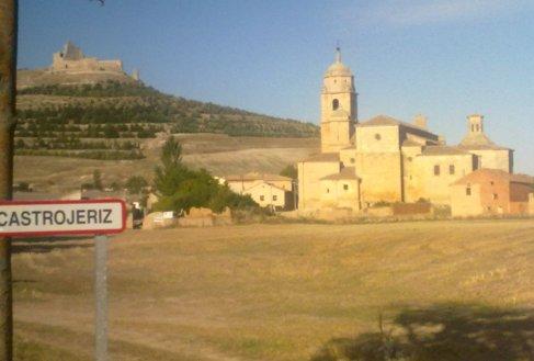 Castrojeriz iglesia de Nuestra Senora del Manzano.jpg