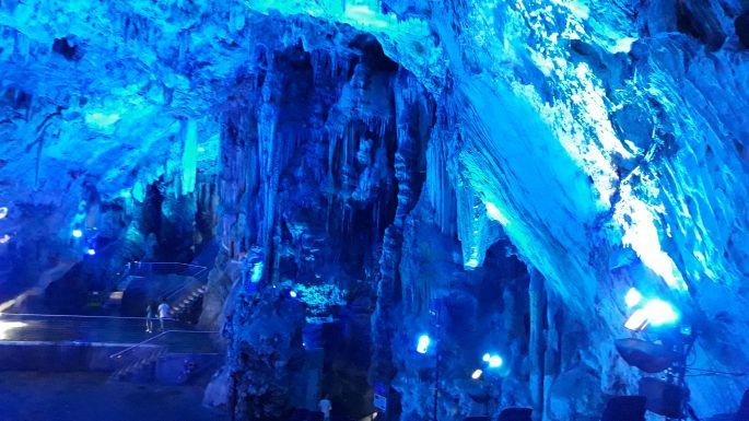 Andalúz körút, Gibraltár, Saint Michael cseppkőbarlang