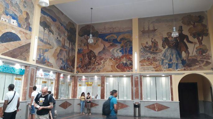 Andalúz körutazás, Sevilla, a Prado de San Sebastian buszpályaudvar freskói
