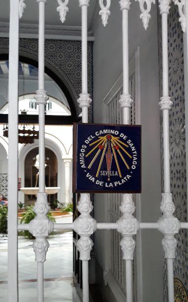 Andalúz körutazás, Sevilla, El Camino jel a sevillai caminós barátok közösségéhez