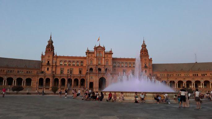 Andalúz körutazás, Sevilla, az ikonikus Plaza de Espana tér