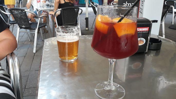 17_andaluzia_sevilla_sangria.jpg