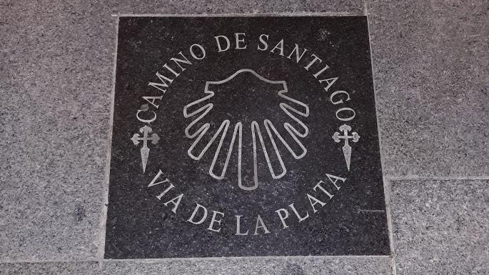 Andalúz körutazás, Sevilla, El Camino jel, Via de la Plata azaz az Ezüst Út jele