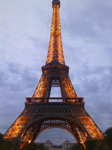 El Camino Parizs Eiffel torony.jpg