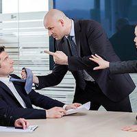 Az alkalmazottak zsarolják a vezetőket