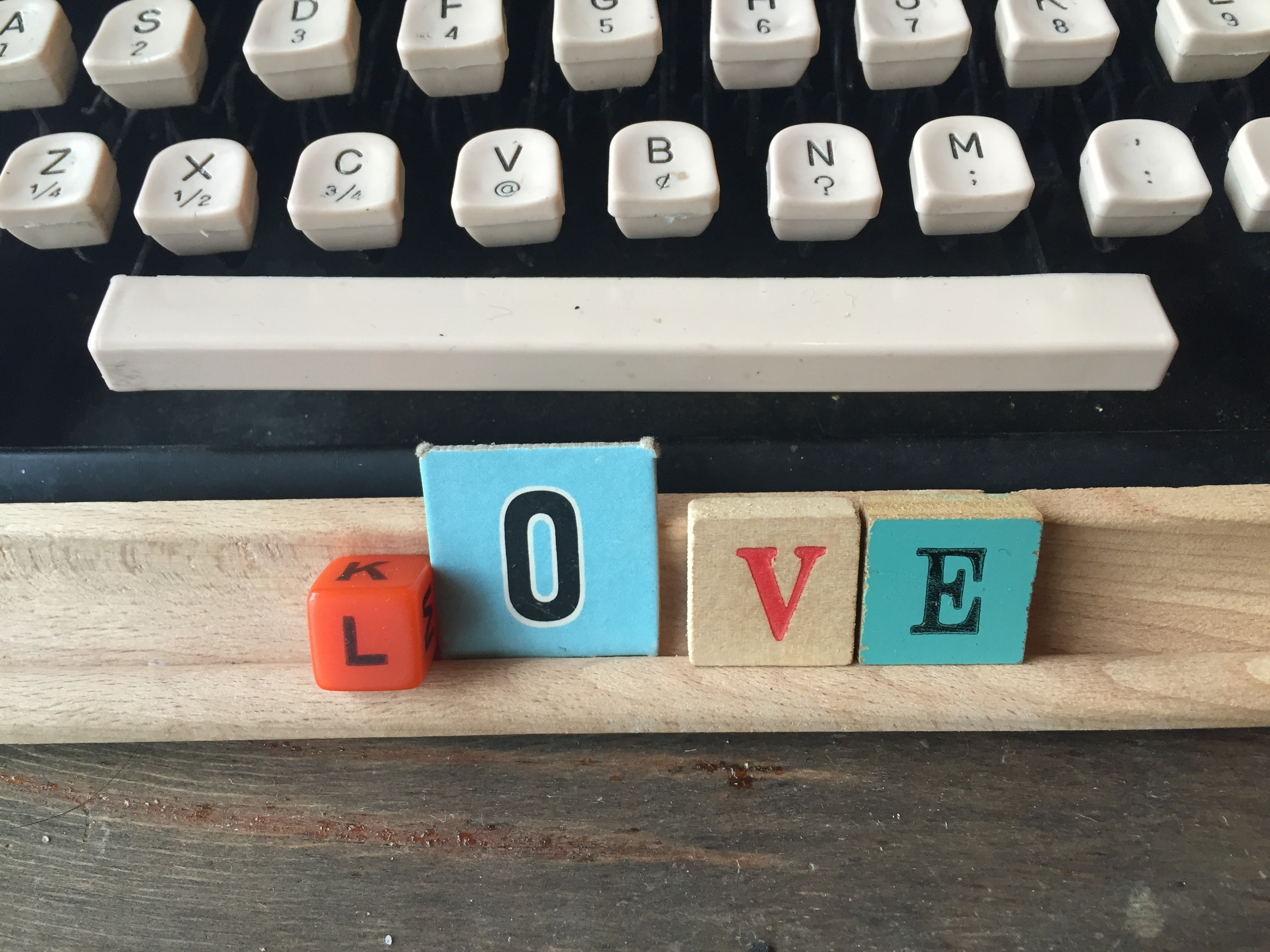 display-letterblocks-love-type-93120.jpg