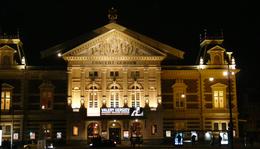 Hatezer karakterből Amszterdamba