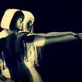 Bat For Lashes: Save The Last Dance (B-oldalas dal) + mindhárom szám Jools Holland tévéműsorából