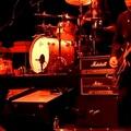 Dave Grohl a Black Rebel Motorcycle Club tagjaival aSound City Players második fellépésén