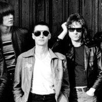 Elhunyt Arturo Vega, a Ramones logotervezője ésművészeti vezetője, fénytechnikusa és pólóárusa