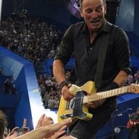 Bruce Springsteen: Highway To Hell (koncertvideó TomMorellóval és egy friss AC/DC-feldolgozással)