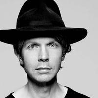 Beck: Heart Is A Drum (új videoklip hat év után)