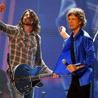 The Rolling Stones feat. Dave Grohl: Bitch (koncertvideó)
